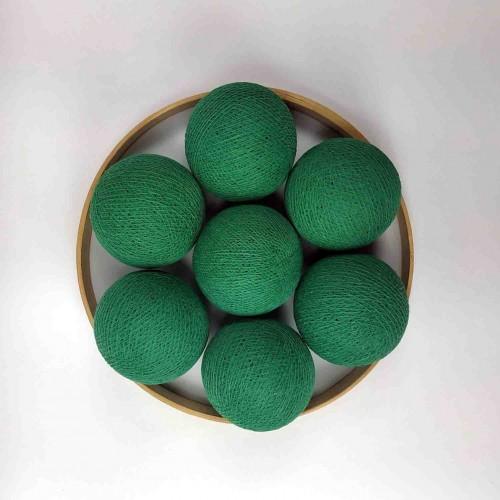 Декоративные шарики из ниток - soft green