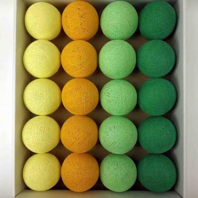 гірлянда кульки з ниток-soft-orange-soft-green